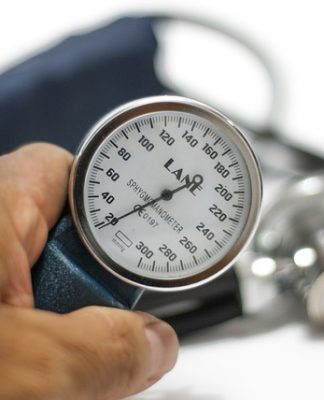 Tensiómetro. Hipertensión arterial