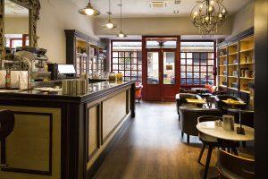 Librería- Cafetería Contrapunto